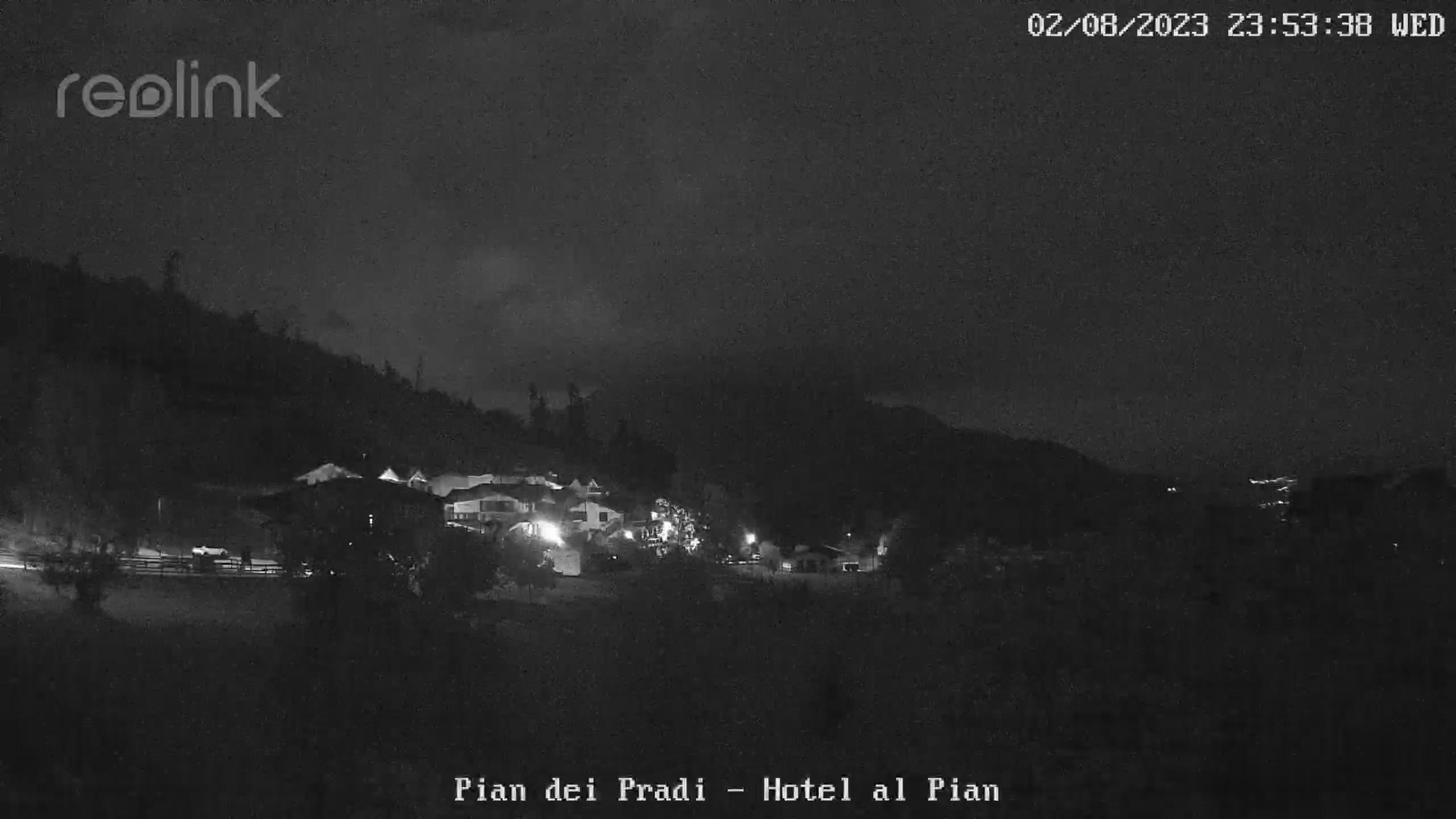 Webcam Pian dei Pradi - Puntamento verso  l'Altipiano della Vigolana